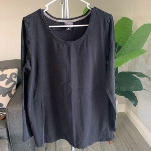Oh Baby Maternity BLK Long Sleeve Crew Neck shirt